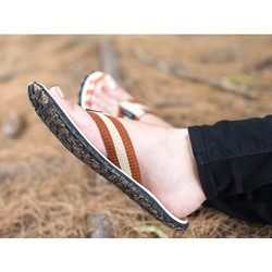 Bear Foot Sandals: Womens Tire..
