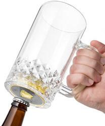 Pop n Pour Beer Mug With Bottle..