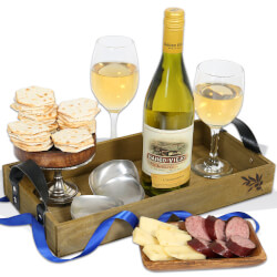 White Wine Countryside Gift Basket